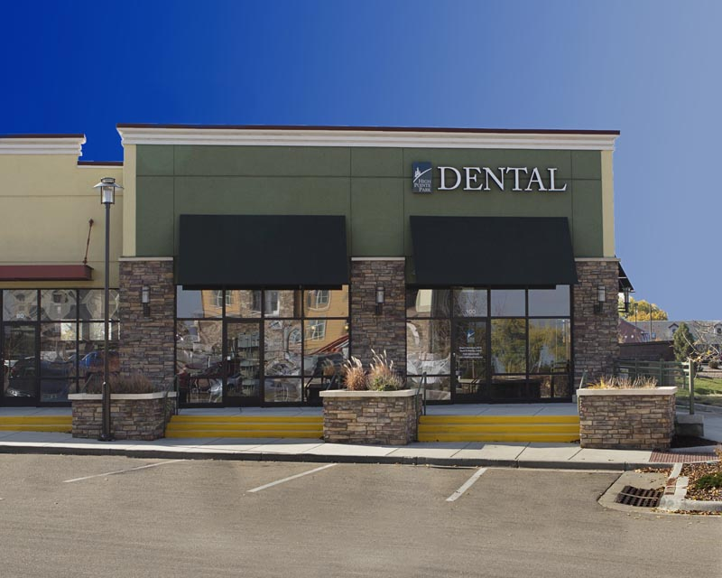 Image of the front of the HighPointe Dental office in Thornton, CO.